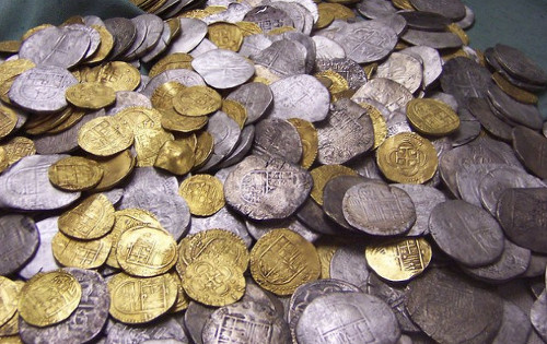 A total of 80,000 silver coins and 2,800 gold coins were found by the park rangers,