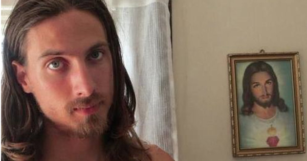 MAN UNDERGOES $200,000 OF PLASTIC SURGERY TO LOOK LIKE JESUS CHRIST