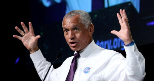 https://worldnewsdailyreport.com/nasa-administrator-suspended-after-claims-of-imminent-alien-invasion/comment-page-1/