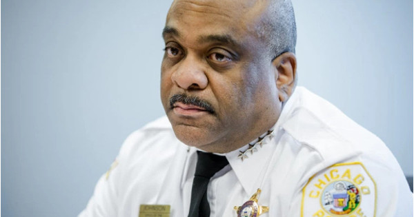 "Chicago Police superintendent John Simmons says that Hicks ordered takeout from a number of delivery places, the delivery men then turned out to become victims and ""lunch"" for Hicks."
